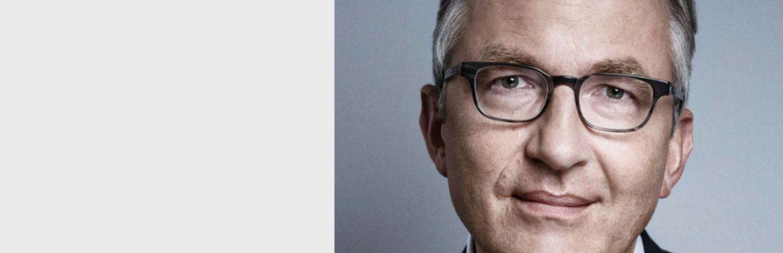 Frank G. Holz reçoit la médaille Paul Chibret